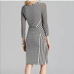 Diane Von Furstenberg Small Dress